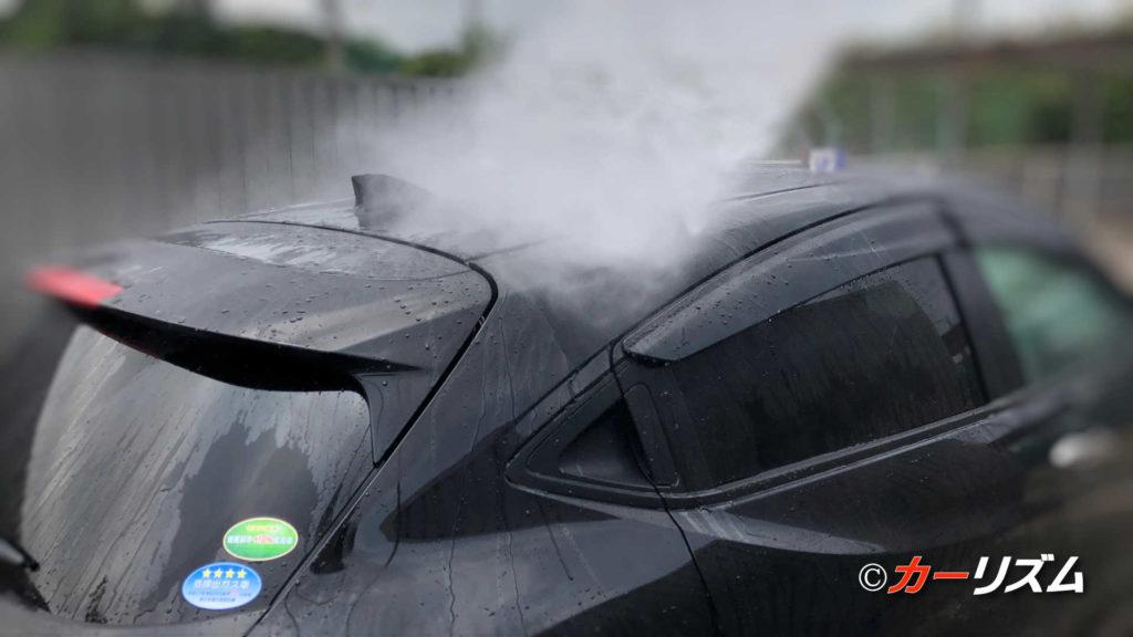 高圧洗浄機での水洗い洗車だけで車の汚れは落ちるのか?